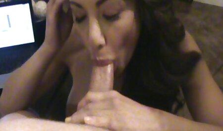 Dögös sexfilmek teljes milf Abe szar, fojtogatja egy hatalmas fehér kakas amatőr videó.