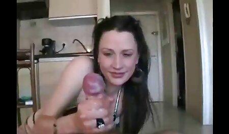 Imádnivaló morcos Tini teljes pornok fizet a csaló barátja