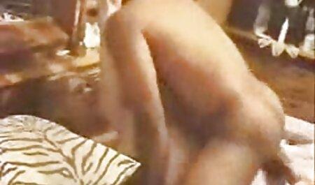 Elcsábította videa maszti éhes óriásnő-Vore