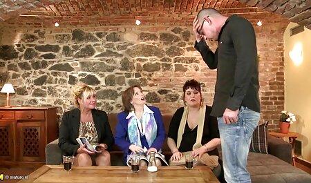 Busty lezdom fingerfucks alázatos teljes pornó filmek magyarul