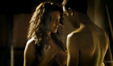Csúszós, nedves masszázs végén a szája pornó film magyarul tele cum