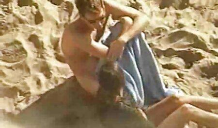 Amatőr Háziasszony pár hármasban hazi porno videok szex vibrátor;)