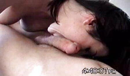 Barátnők LEZ kötött online porno filmek strapon szex