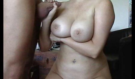 Aranyos Ázsiai szar barátja fehér kakas szinkronos porno filmek veszi arc lövés POV videó.